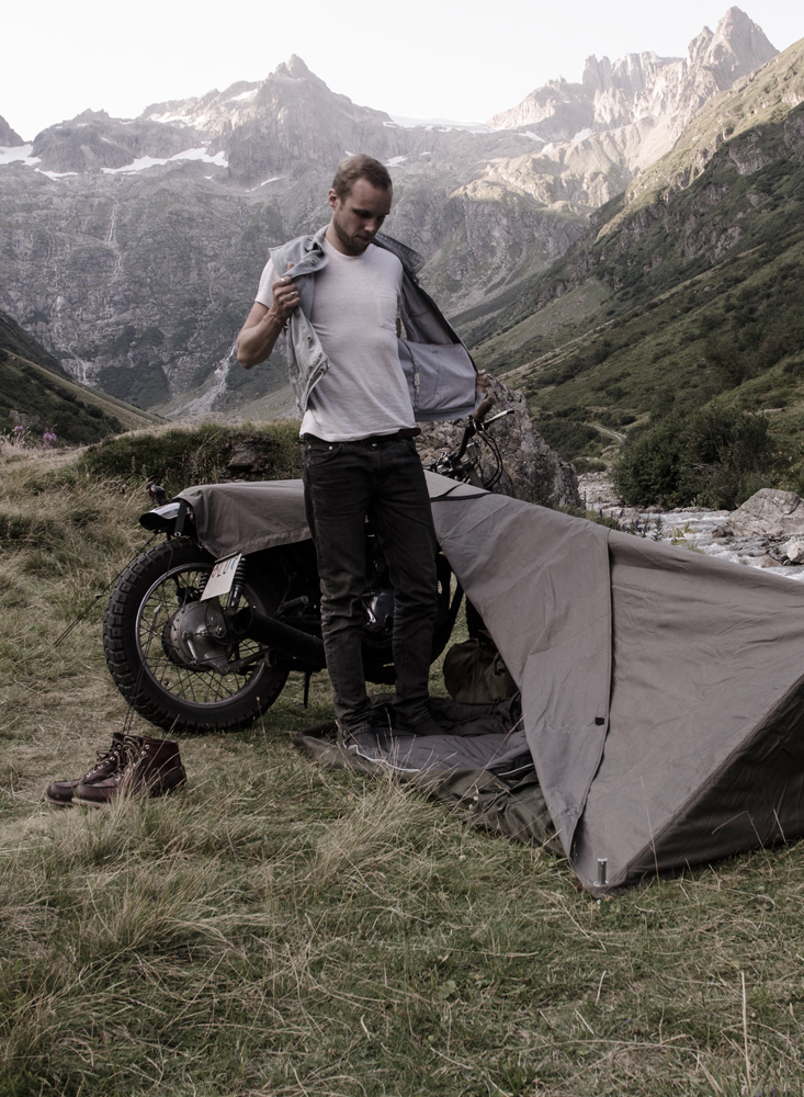 ease_of_use_01 & Exposed - Motorcycle Bivouac